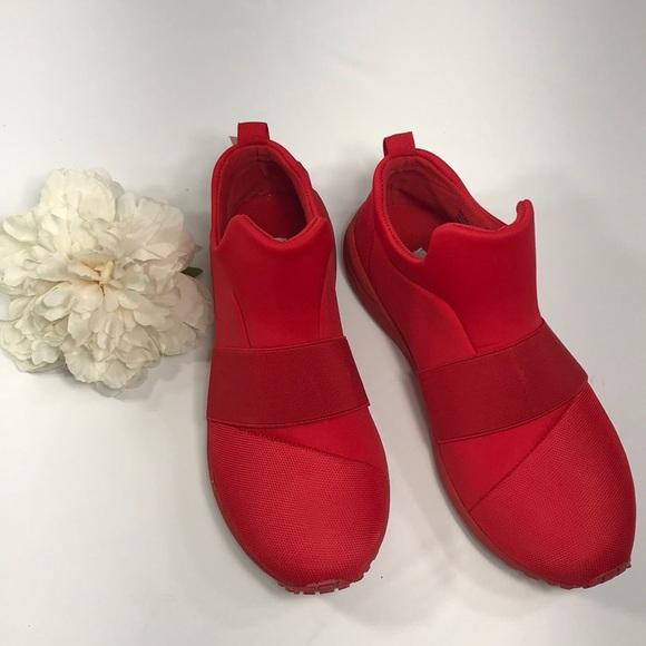 18ba9a92208 Steve Madden Hueber Red Slip On Sneaker